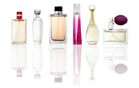 One <b>Perfume</b>, Four Ways to Wear It