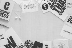 desk-white-black-header