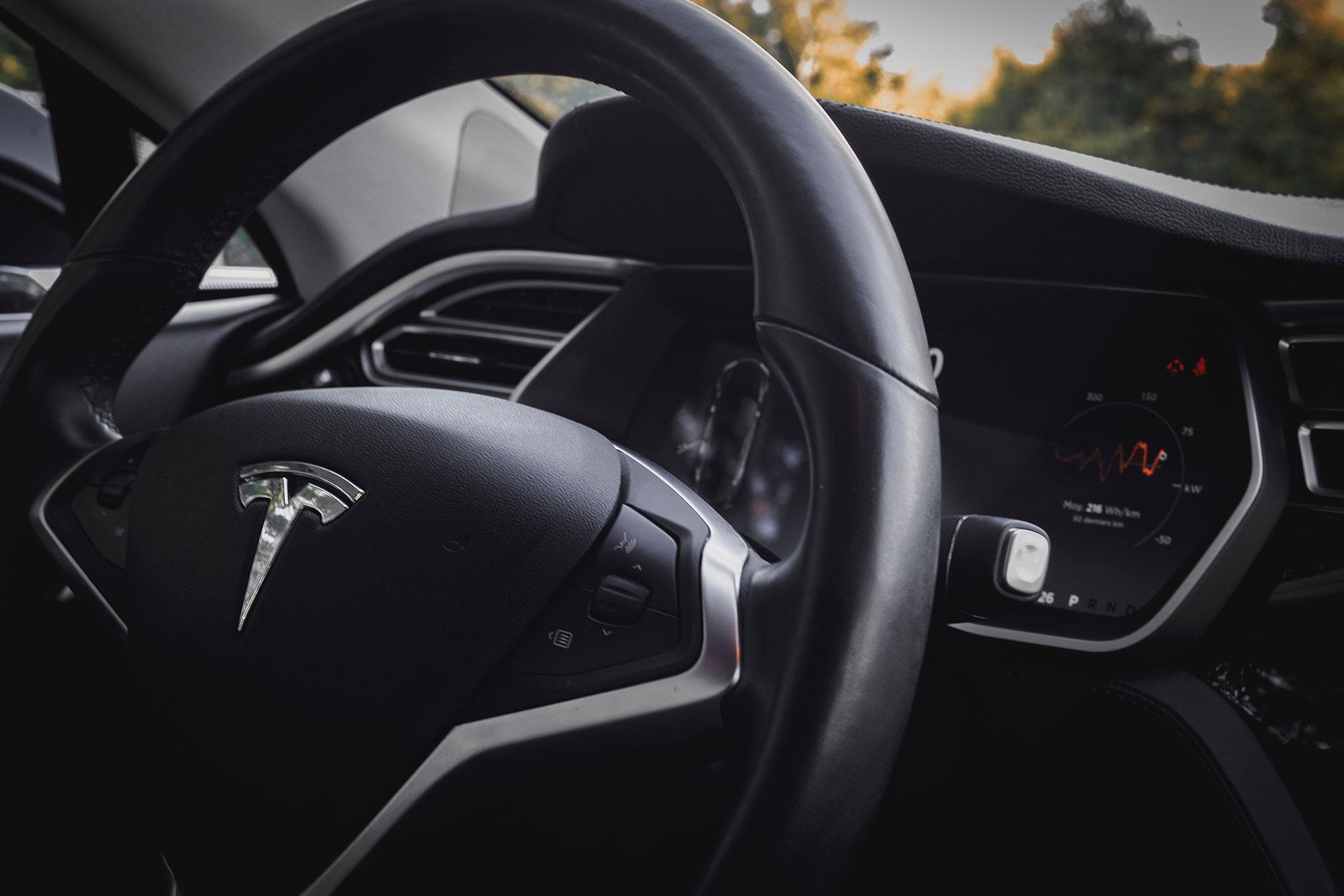 Schwarzenegger-Backed Battery Startup Ratchets Up Tesla Fight