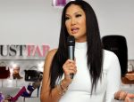 GLENDALE, CA - SEPTEMBER 14:  Kimora Lee Simmons attends JustFab.com Los Angeles flagship store debut at Glendale Galleria on September 14, 2013 in Glendale, California.  (Photo by John Sciulli/Getty Images for JustFab)