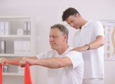 Prevent Spinal Injury With the Pallof Press