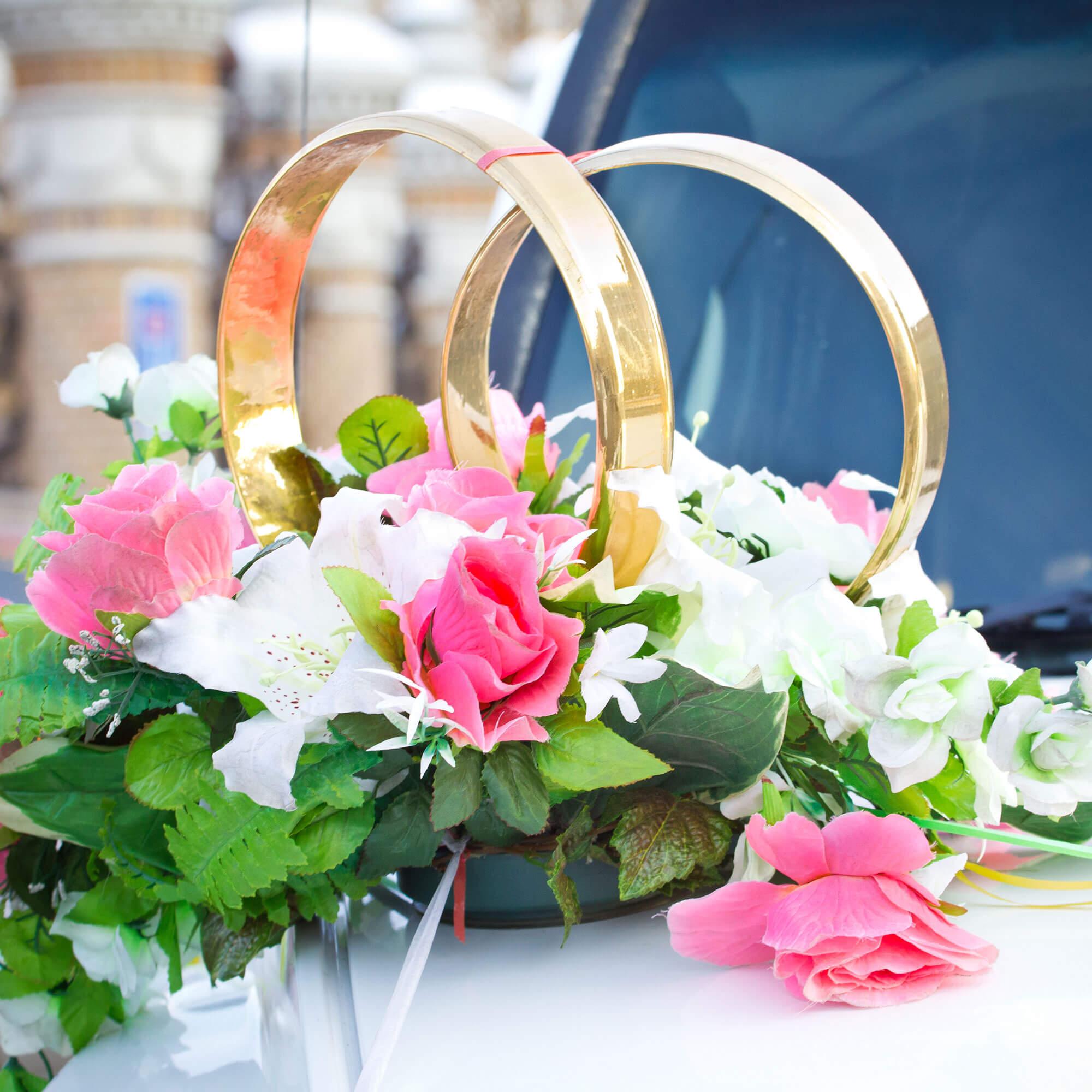 Картинки свадебных колец на машину