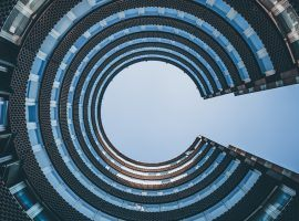 Symantec Earnings Beat, Guidance Misses Estimates